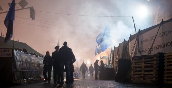 14479409435_375a95affa_b_Euromaidan