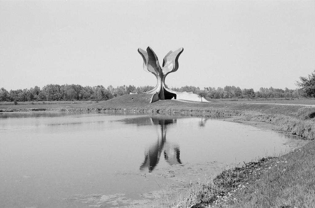 7141314897_bab4b70fc1_b_Jasenovac