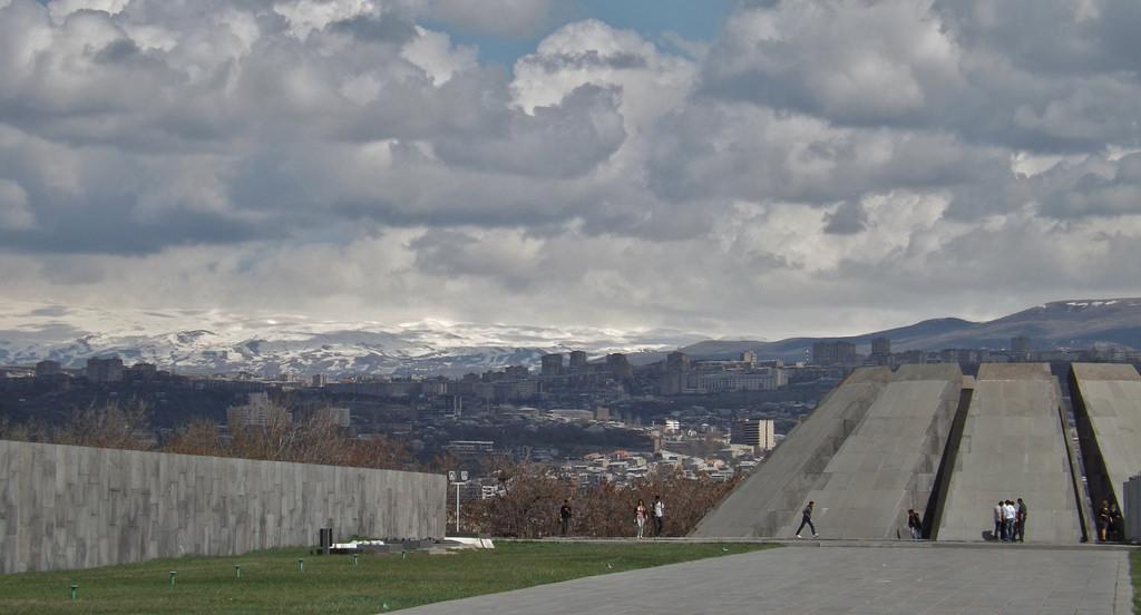 13903846011_86b860a5f1_b_Armenian-genocide