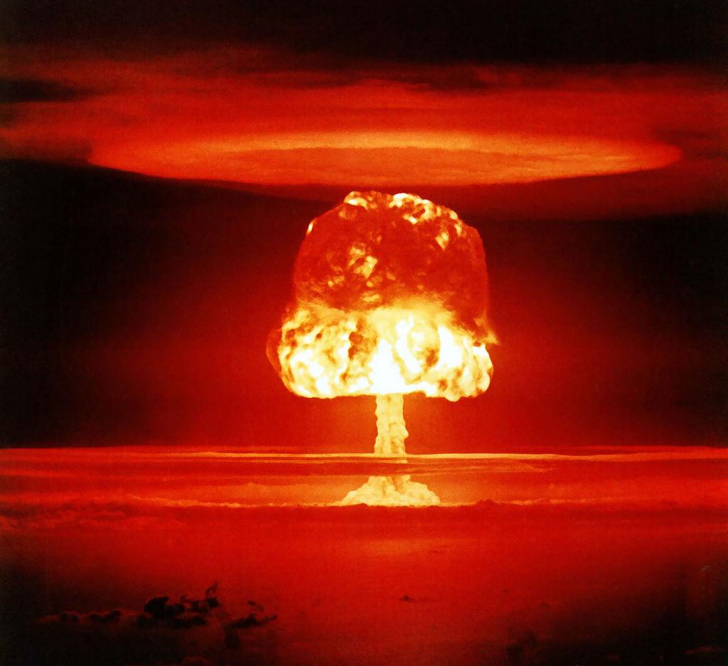 4152356464_294c5ebb0d_b_Nuclear-war