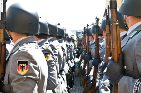 Neo-Nazi Network in German Army Exposed
