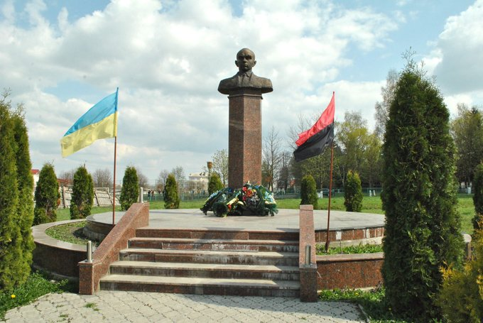 Who are the Ukrainians?