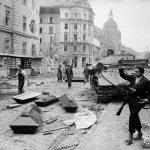 Manipulating Uprisings: Hungary 1956