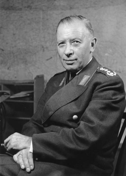 Adolf Heusinger: Hitler's Army Chief and NATO's Chairman
