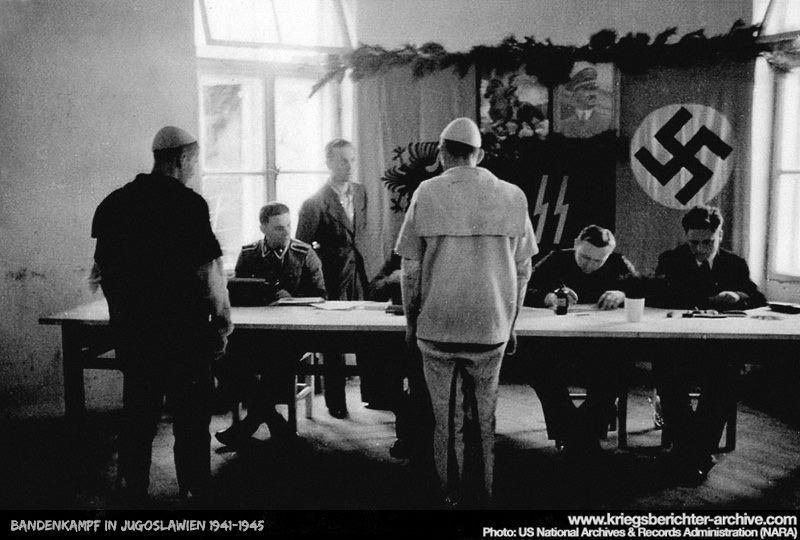 Waffen-SS Im Einsatz: Hitler's Soviet Muslim Legions