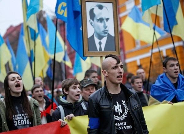 Western Silence as 20,000 Neo-Nazis March in Ukraine