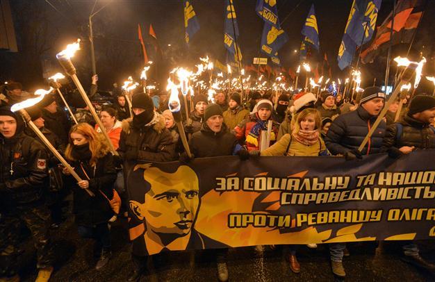 US Helping Ukrainian Putschists Wage War on Donbass