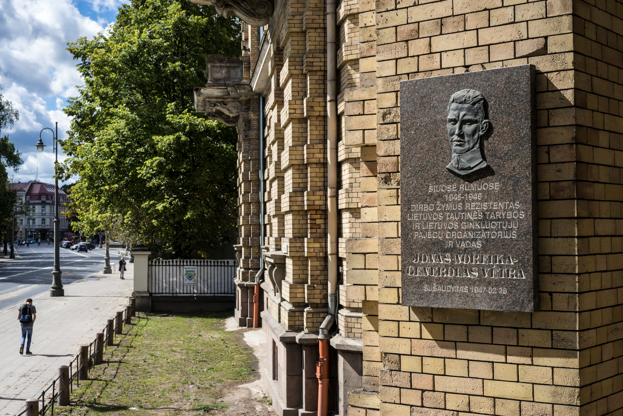 In Lithuania, some Nazi Killers are also Heroes